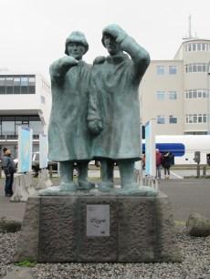 harbour-statue