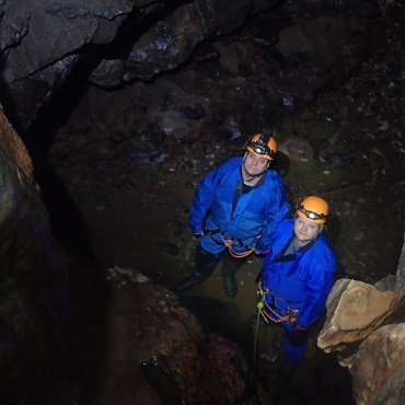 Stuck Between a Rock and a Hard Place – Beginner's Caving in the Peak District