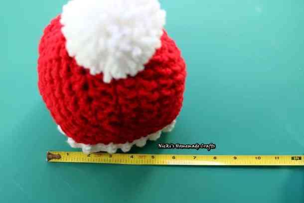 Santa Hat with Pom-pom - Free Crochet Pattern by Nicki's Homemade Crafts