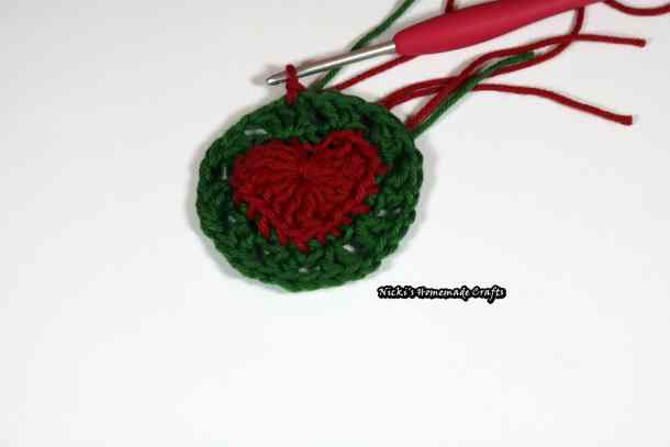 Christmas Baubles with Heart - Free Crochet Pattern by Nicki's Homemade Crafts