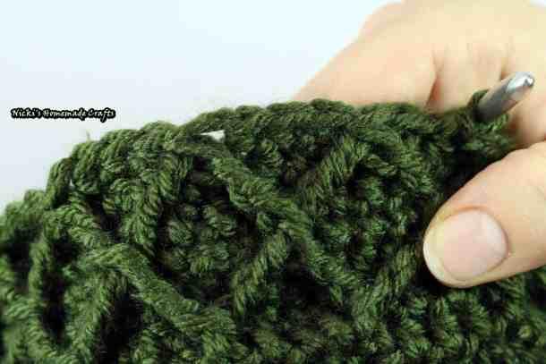 Lattice Beanie - Free Crochet Pattern by Nicki's Homemade Crafts #crochet #beanie #lattice