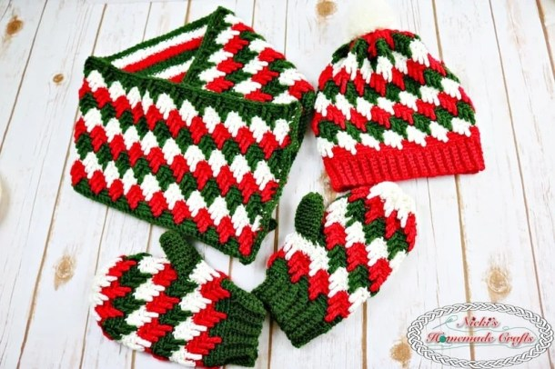 Apache Tears Winter Accessories Crochet Along-Free Crochet Patterns by Nicki's Homemade Crafts, Sponsored by Knit Picks #crochet #crochetalong #freecrochetpattern #apachetears