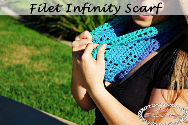 Filet Infinity Scarf – Free Crochet Pattern