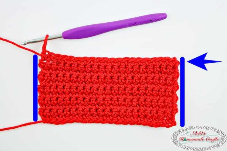 How to always Crochet Straight Edges in Single Crochet Rows Every Time - Photo and Video Tutorial - Nicki's Homemade Crafts #crochet #straight #edges #rows #video #tutorial #always #best #perfect #basic #beginner #learn