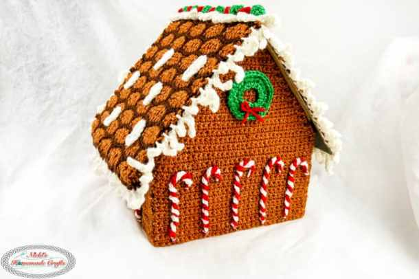 Gingerbread House Wreath and Candy Canes