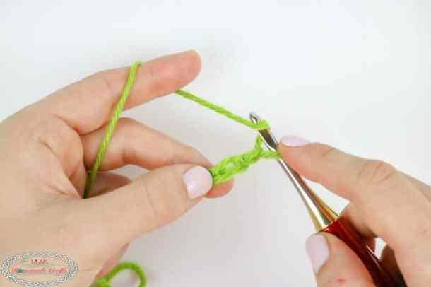 starting a double crochet