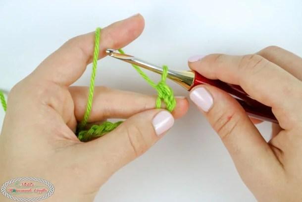 How to crochet the Half Double Crochet (hdc)