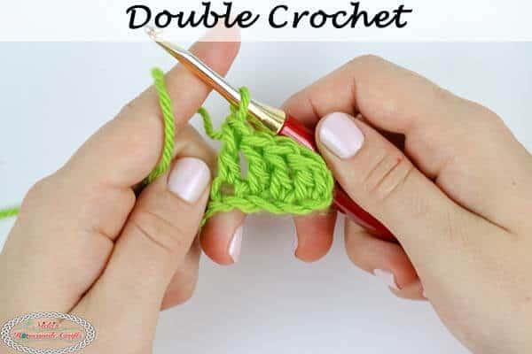 Learn how to crochet a Double Crochet