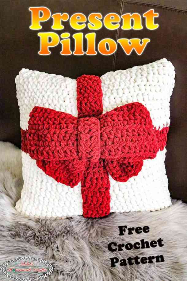 Present Pillow with Bow as Free Crochet Pattern