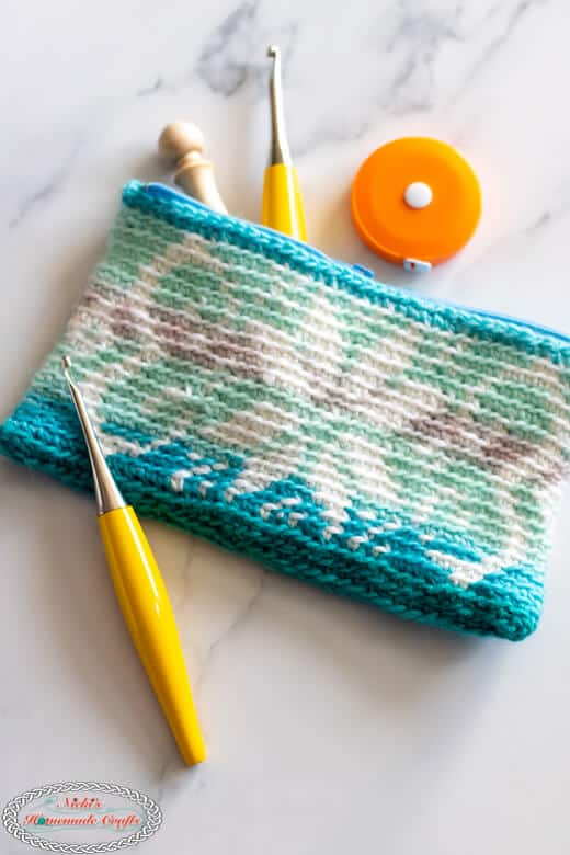 Snowflake Tapestry Pouch - Crochet Pattern