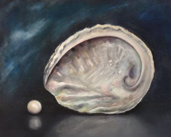 Abalone shell and pearl