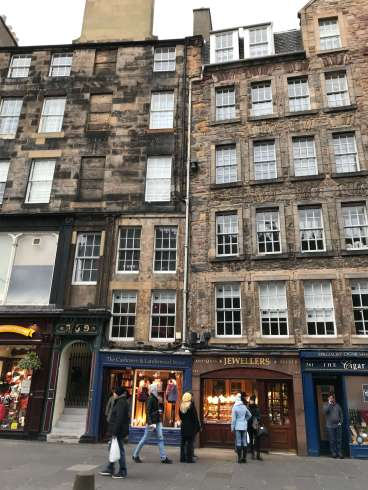 An image of the gorgeous buildings on the Royal Mile in Edinburgh.