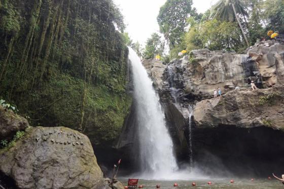 Tegnungan Waterfall, Bali