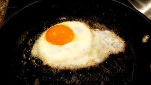 fried egg for natto noodles