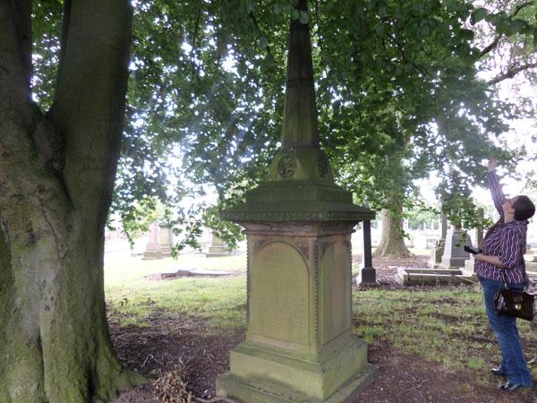 Wood Green Cemetery 13