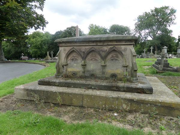 Wood Green Cemetery 19