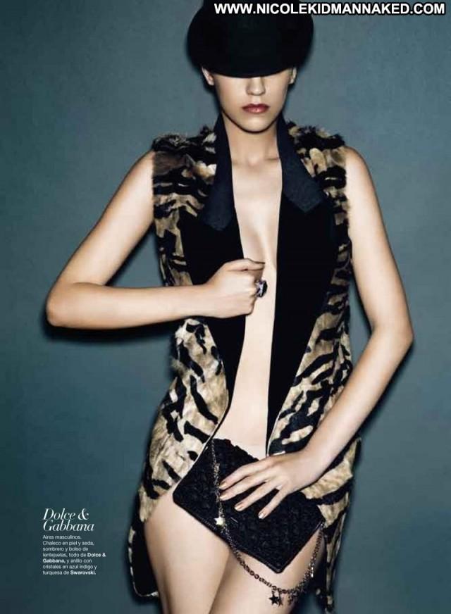 Samantha Gradoville Year Old Virgin Babe Model Beautiful Posing Hot