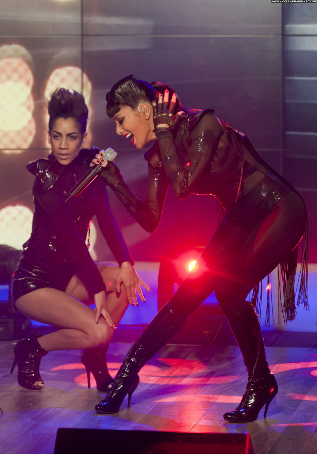 Nicole Scherzinger Celebrity Celebrity High Resolution Posing Hot