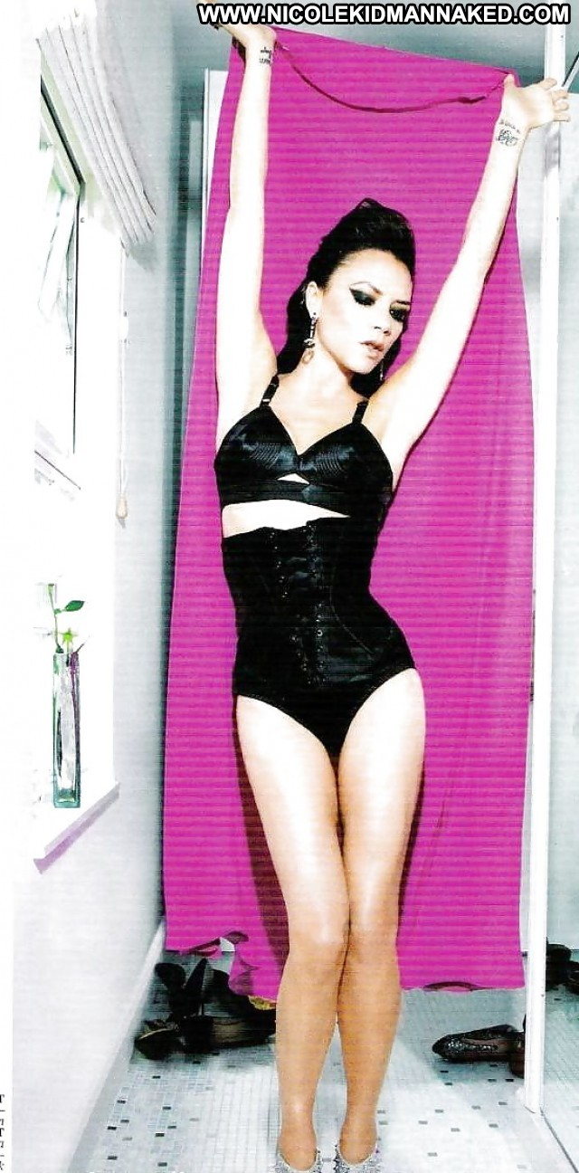 Victoria Beckham Pictures Milf Celebrity Posing Hot Famous Doll