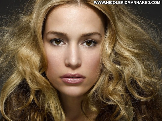 Piper Perabo Pictures Brunette Celebrity Doll Female Sexy Hot Cute