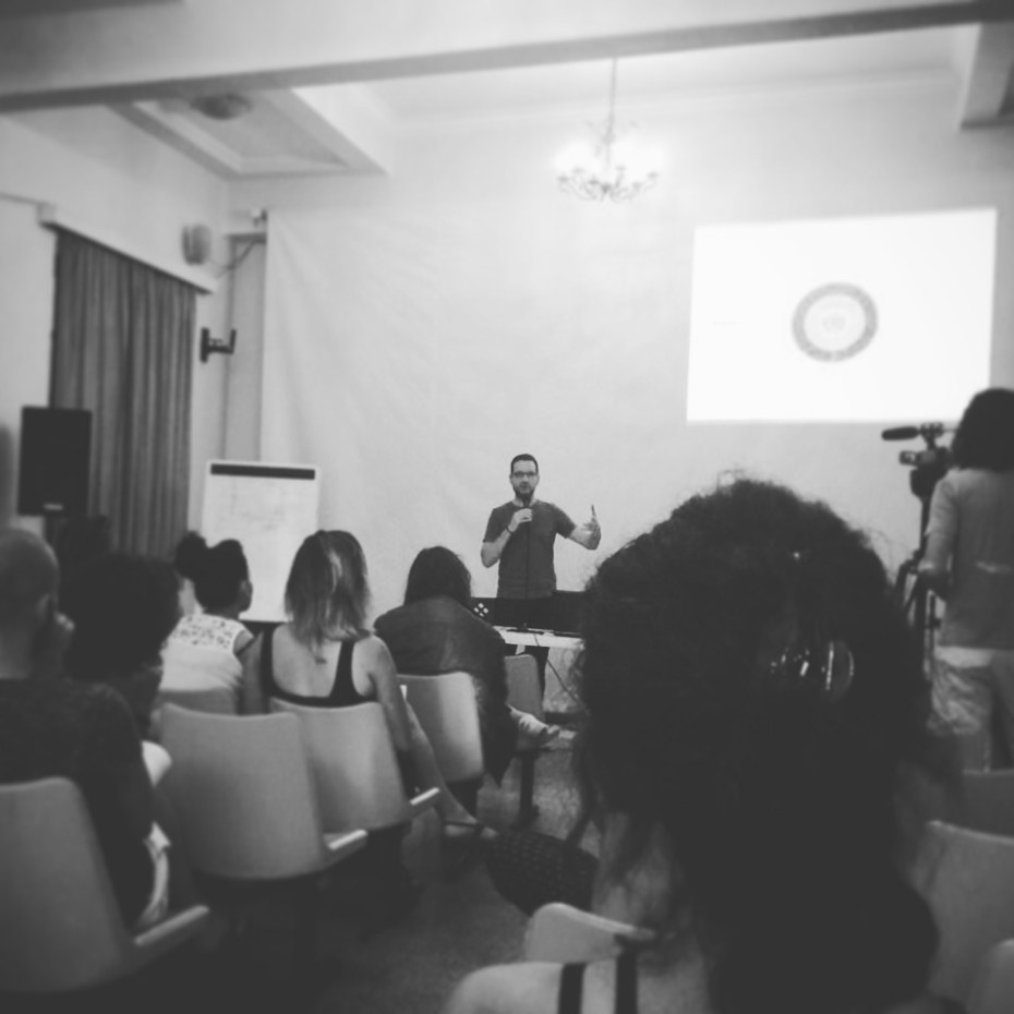 From my masterclass: talking about core themes within the scripts. Pic courtesy of Martina Bleis.