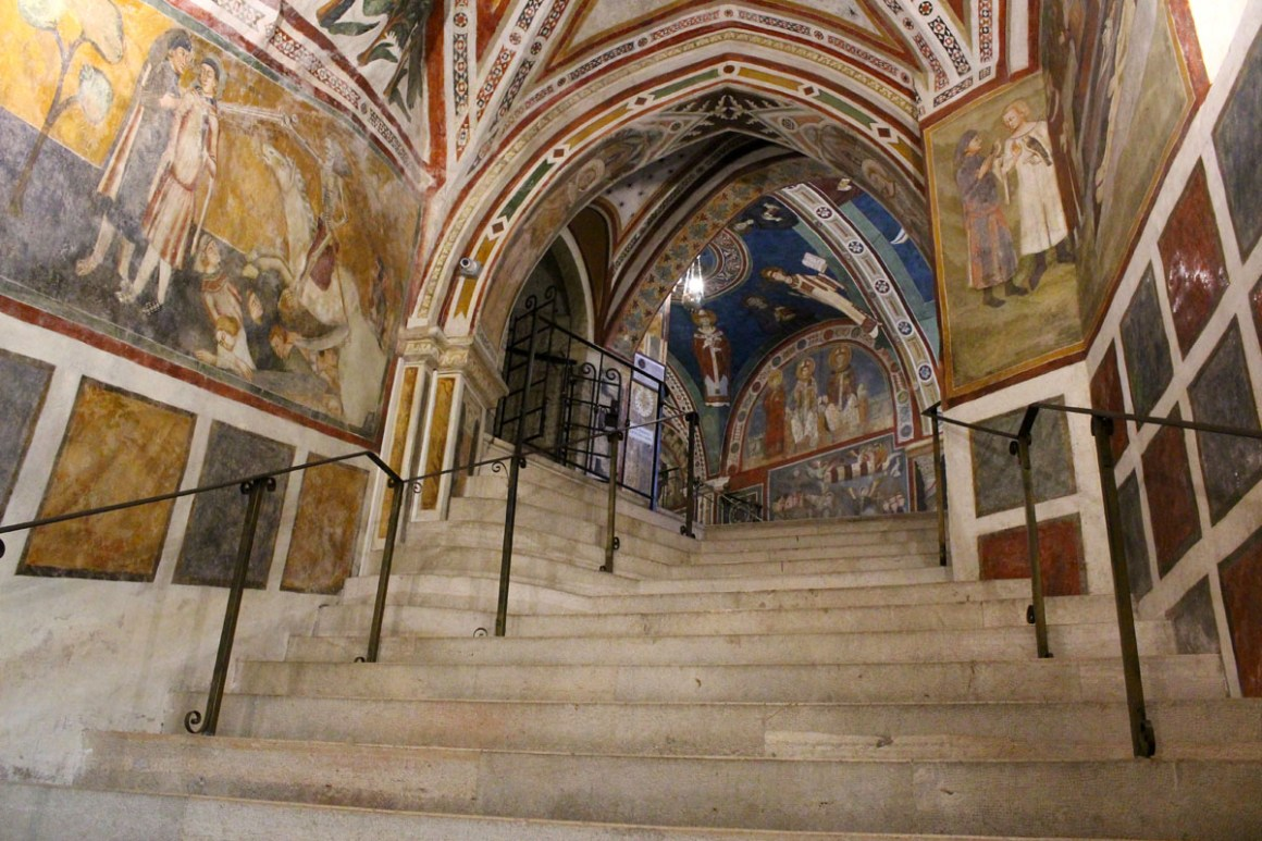 "Subiaco-travel-tips-lazio-italy-monastero-di-san-benedetto-staircase ""width ="" 1200 ""height ="" 800 ""data-wp-pid ="" 9980 ""srcset ="" https: //www.nicolos- reiseblog.de/wp-content/uploads/2019/02/Subiaco-reisetipps-latium-reisetipps-italien-Monastero-di-San-Benedetto-streppen-sie.jpg 1200w, https://www.nicolos-reiseblog.de/wp -content / uploads / 2019/02 / Subiaco-reizen-tips-lazio-routes - italië-monastero-di-san-benedetto-trap-300x200.jpg 300w, https://www.nicolos-reiseblog.de/wp-content/ uploads / 2019/02 / Subiaco-travel-tips-lazio-italy-monastero-di-san-benedetto-staircase-1024x683.jpg 1024w, https://www.nicolos-reiseblog.de/wp-content/uploads/2019 / 02 / Subiaco-travel-tip-latium-travel-tip-italy-monastero-di-ed-benedetto-staircase -800x533.jpg 800w, https://www.nicolos-reiseblog.de/wp-content/uploads/2019/02/ Subiaco triplet latium triplet-italy-monastero-di-sen-edeto stairway -300x200@2x.jpg 600w ""sizes ="" (max-width: 1200px) 100vw, 12 00px ""/></figure data-recalc-dims="