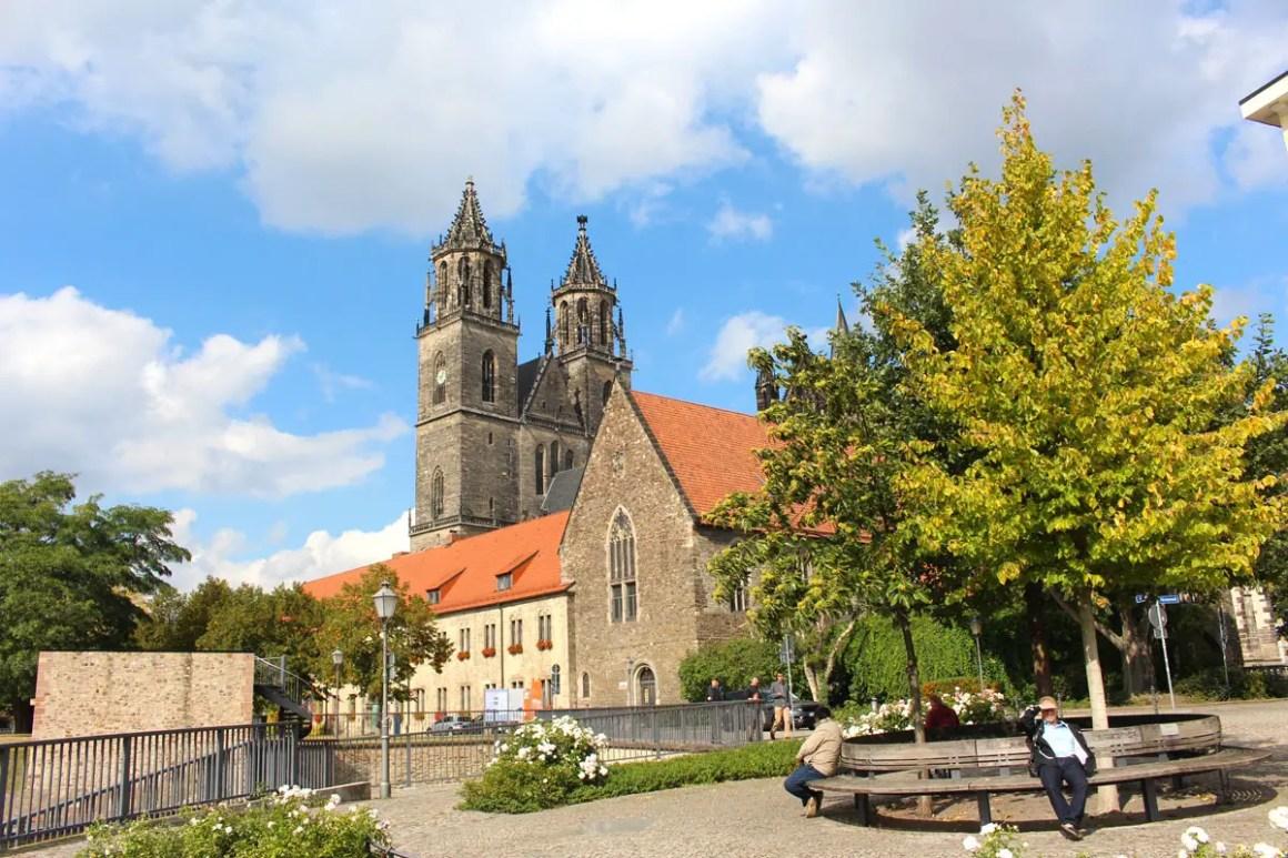 "Dom-zu-Magdeburg-Nicolos-Reiseblog"" width=""1200"" height=""800"" data-wp-pid=""10918"" srcset=""https://i1.wp.com/www.nicolos-reiseblog.de/wp-content/uploads/2019/07/Dom-zu-Magdeburg-Nicolos-Reiseblog.jpg?w=1160&ssl=1 1200w, https://www.nicolos-reiseblog.de/wp-content/uploads/2019/07/Dom-zu-Magdeburg-Nicolos-Reiseblog-300x200.jpg 300w, https://www.nicolos-reiseblog.de/wp-content/uploads/2019/07/Dom-zu-Magdeburg-Nicolos-Reiseblog-1024x683.jpg 1024w, https://www.nicolos-reiseblog.de/wp-content/uploads/2019/07/Dom-zu-Magdeburg-Nicolos-Reiseblog-50x33.jpg 50w, https://www.nicolos-reiseblog.de/wp-content/uploads/2019/07/Dom-zu-Magdeburg-Nicolos-Reiseblog-800x533.jpg 800w"" sizes=""(max-width: 1200px) 100vw, 1200px""/></p data-recalc-dims="