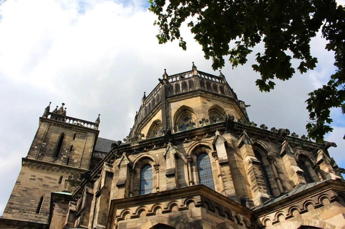 "dom-to-magdeburg-rueckansicht ""width ="" 1200 ""height ="" 800 ""data-wp-pid ="" 10825 ""srcset ="" https://www.nicolos-reiseblog.de/wp-content/uploads/2019/ 07 / dom-zu-magdeburg-rueckansicht.jpg 1200w, https://www.nicolos-reiseblog.de/wp-content/uploads/2019/07/dom-zu-magdeburg-backview-300x200.jpg 300w, https: //www.nicolos-reiseblog.de/wp-content/uploads/2019/07/dom-zu-magdeburg-rueckansicht-1024x683.jpg 1024w, https://www.nicolos-reiseblog.de/wp-content/uploads /2019/07/dom-zu-magdeburg-rueckansicht-50x33.jpg 50w, https://www.nicolos-reiseblog.de/wp-content/uploads/2019/07/dom-zu-magdeburg-rueckansicht-800x533. jpg 800w ""sizes ="" (max-breedte: 1200px) 100vw, 1200px ""/></p data-recalc-dims="