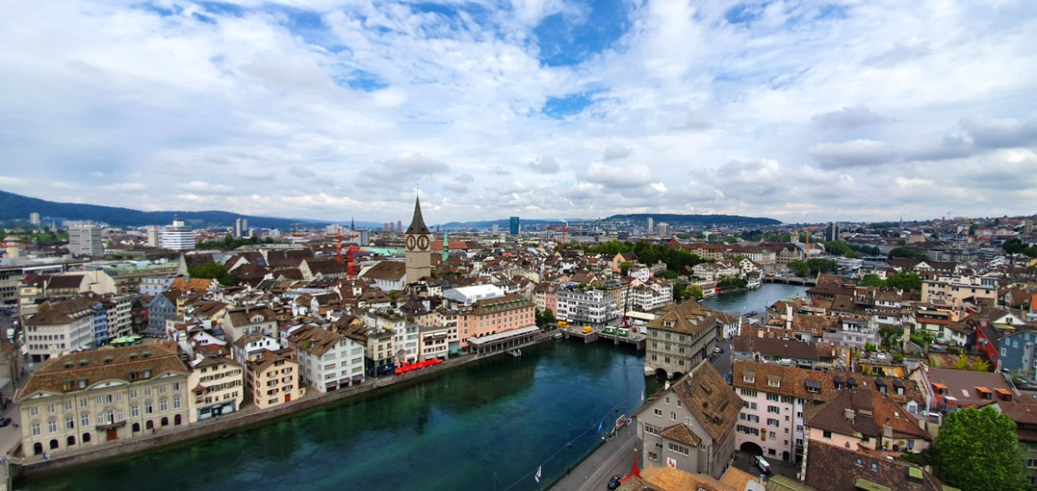 "grossmuenster-ausblick-was-muss-man-in-zuerich-sehen-haben-nicolos-reiseblog ""width ="" 1200 ""height ="" 569 ""data-wp-pid ="" 10608 ""srcset ="" https: // www. nicolos-reiseblog.de/wp-content/uploads/2019/07/grossmuenster-ausblick-was-muss-man-in-zuerich-gesehen-haben-nicolos-reiseblog.jpg 1200w, https: //www.nicolos-reiseblog .com / wp-content / uploads / 2019/07 / grossmuenster-outlook-what-have-to-have-to-eat-have-seen-nicolos-reiseblog-300x142.jpg 300w, https: //www.nicolos-reiseblog. DE / wp-content / uploads / 2019/07 / grossmuenster-outlook-what-has-do-you-have-seen-nicolos-reiseblog-1024x486.jpg 1024w, https://www.nicolos-reiseblog.de /wp-content/uploads/2019/07/grossmuenster-ausblick-was-muss-man-in-zuerich-gesehen-haben-nicolos-reiseblog-50x24.jpg 50w, https://www.nicolos-reiseblog.de/ wp-content / uploads / 2019/07 / grossmuenster-outlook-what-you-have-to-to-see-seen-nicolos-reiseblog-800x379.jpg 800w ""sizes ="" (max-width: 1200px) 100vw, 1200px ""/></p data-recalc-dims="