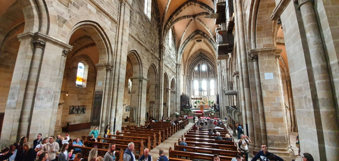 """What-must-you-see-Bamberg-dom-inside """"width ="""" 1200 """"height ="""" 569 """"data-wp-pid ="""" 11124 """"srcset ="""" https://www.nicolos-reiseblog.de/wp- content / uploads / 2019/08 / What-must-see-one-Bamberg-dom-innen.jpg 1200w, https://www.nicolos-reiseblog.de/wp-content/uploads/2019/08/Was-muss -man-see-Bamberg-dom-inside-300x142.jpg 300w, https://www.nicolos-reiseblog.de/wp-content/uploads/2019/08/Was-muss-man-sehen-Bamberg-dom- inside-1024x486.jpg 1024w, https://www.nicolos-reiseblog.de/wp-content/uploads/2019/08/Was-muss-man-sehen-Bamberg-dom-innen-50x24.jpg 50w, https: //www.nicolos-reiseblog.de/wp-content/uploads/2019/08/Was-muss-man-sehen-Bamberg-dom-innen-800x379.jpg 800w """"sizes ="""" (max-width: 1200px) 100vw , 1200px """"/></p data-recalc-dims="""