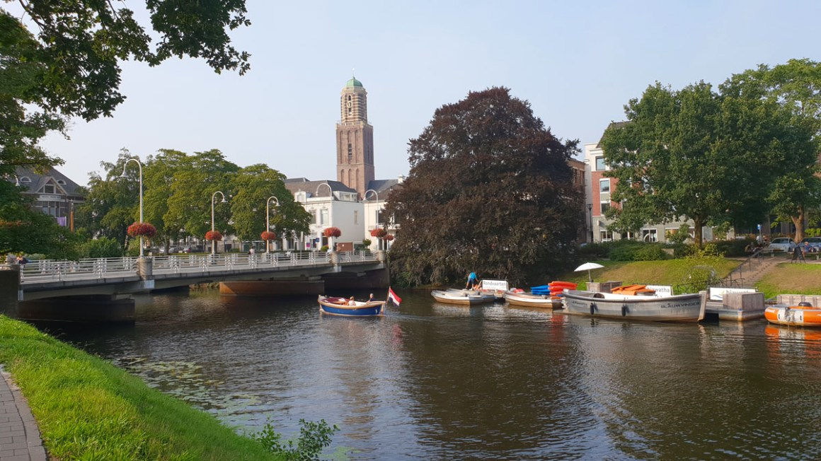 "Holland-round-travel-hansestaedte-zwolle ""width ="" 1200 ""height ="" 675 ""srcset ="" https://www.nicolos-reiseblog.de/wp-content/uploads/2019/12/Holland-rundreise-hansestaedte-zwolle .jpg 1200w, https://www.nicolos-reiseblog.de/wp-content/uploads/2019/12/Holland-rundreise-hansestaedte-zwolle-300x169.jpg 300w, https://www.nicolos-reiseblog.de /wp-content/uploads/2019/12/Holland-round-hansestaedte-zwolle-1024x576.jpg 1024w ""sizes ="" (max-breedte: 1200px) 100vw, 1200px ""/></noscript data-recalc-dims="
