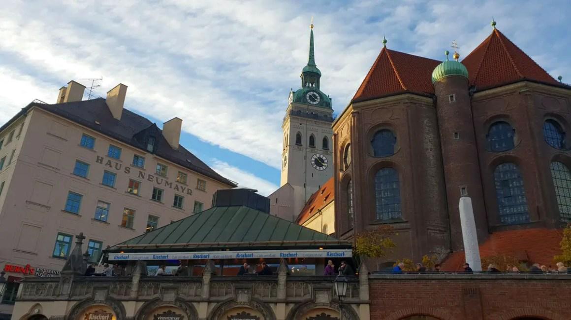 """Eendag-in-München-oud-Peter """"width ="""" 1200 """"height ="""" 675 """"srcset ="""" https://www.nicolos-reiseblog.de/wp-content/uploads/2020/05/Ein-Tag -in-Muenchen-alter-peter.jpg 1200w, https://www.nicolos-reiseblog.de/wp-content/uploads/2020/05/Ein-Tag-in-Muenchen-alter-peter-300x169.jpg 300w , https://www.nicolos-reiseblog.de/wp-content/uploads/2020/05/Ein-Tag-in-Muenchen-alter-peter-1024x576.jpg 1024w """"data-lazy-size ="""" (max- width: 1200px) 100vw, 1200px """"src ="""" https://www.nicolos-reiseblog.de/wp-content/uploads/2020/05/Ein-Tag-in-Muenchen-alter-peter.jpg """"/></p> <p><noscript><img class="""