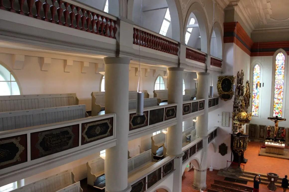 georgenkirche-eisenach-kirchenschiff-perspektive
