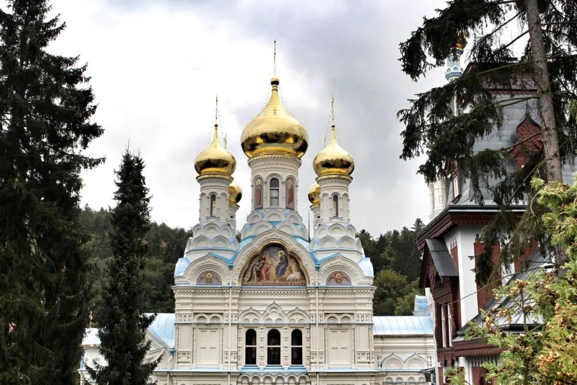 karlsbad-bezienswaardigheden-kerk-St-Peter-Paul