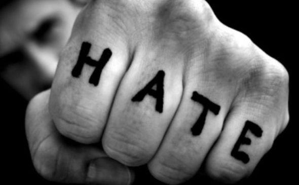 Chi odia detesta se stesso