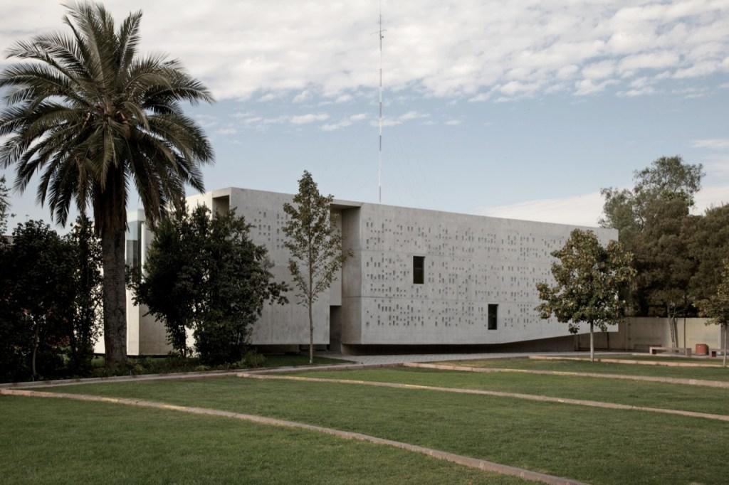 Padre Hurtado Memorial by Undurraga Deves Arquitectos
