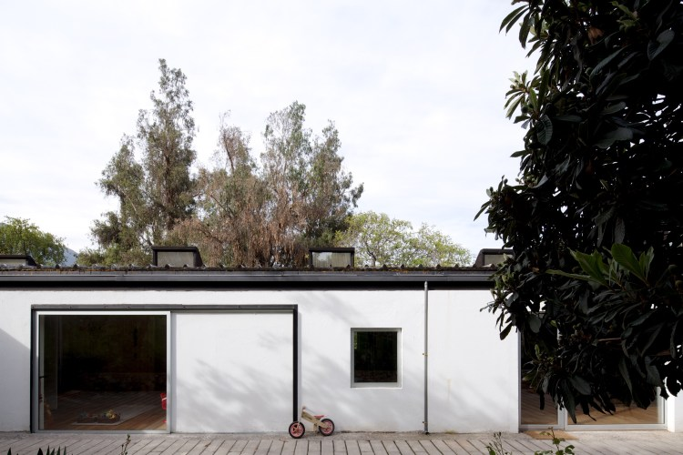 LG House by Antonio Lipthay (23)