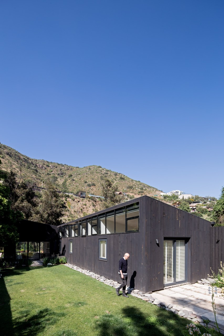 El Arrayan House by Oficina Bravo