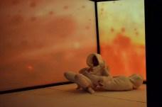 """Teatralna iluzja w """"Pokoju Amesa"""" Niebywałe Suwałki 17"""