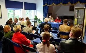 Jedno ze spotkań autorskich w Bibliotece Publicznej w Suwałkach (fot. archiwum NS).