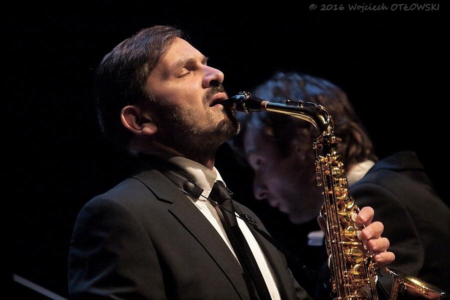 saksofonista Paweł Gusnar
