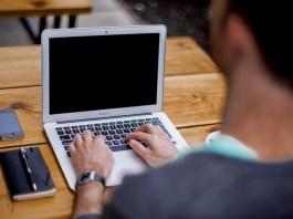 apple, laptop, mezczyzna