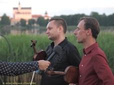 26 VI 2020 , Stary Folwark; WigroSfera Online Festival - Voytek Proniewicz i Adam Roszkowski © 2020 Wojciech Otłowski