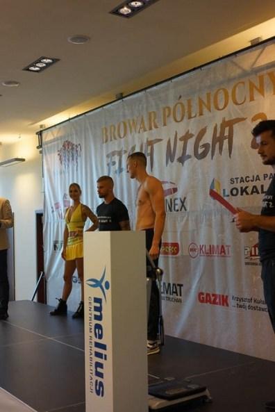 FightNight2_wazenie_0004