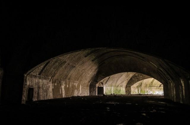 Tunelio posūkis, vedantis į išorę