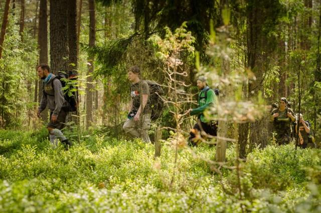 Dalį žygio maršruto teko įveikti tiesiog mišku. Be kelio ar takelio.