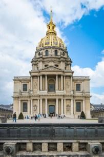 Église du Dôme katedra ir gynybinis griovys priš ją