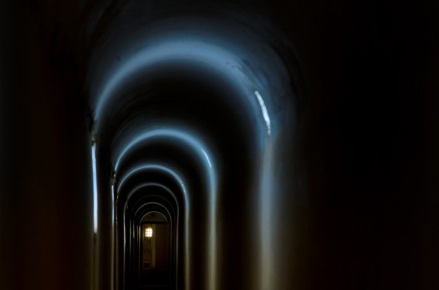 Magiškiausia požemių vieta - galerijos kontreskarpinėje sienoje tarp kofrų