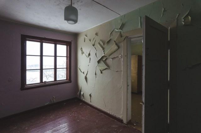 Jaukiausias kabinetukas antrame aukšte. Su tokiu vaizdu per langą, čia net apsigyventi norisi