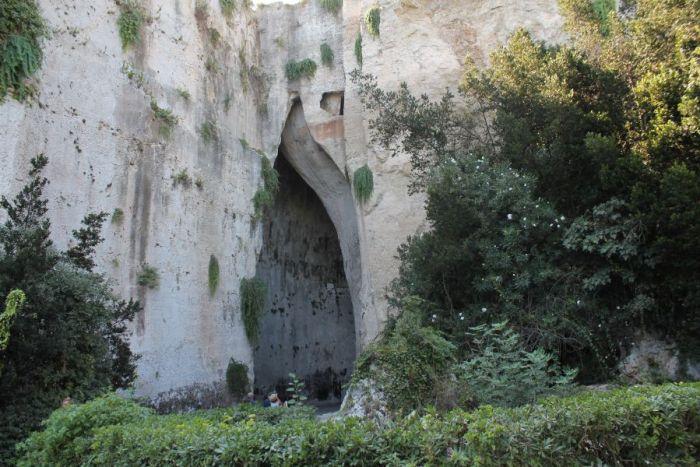 wycieczka objazdowa po Sycylii, Ucho Dionizosa, Syrakuzy, Siracusa, Orecchio di Dionisio, Sicilia, Sycylia